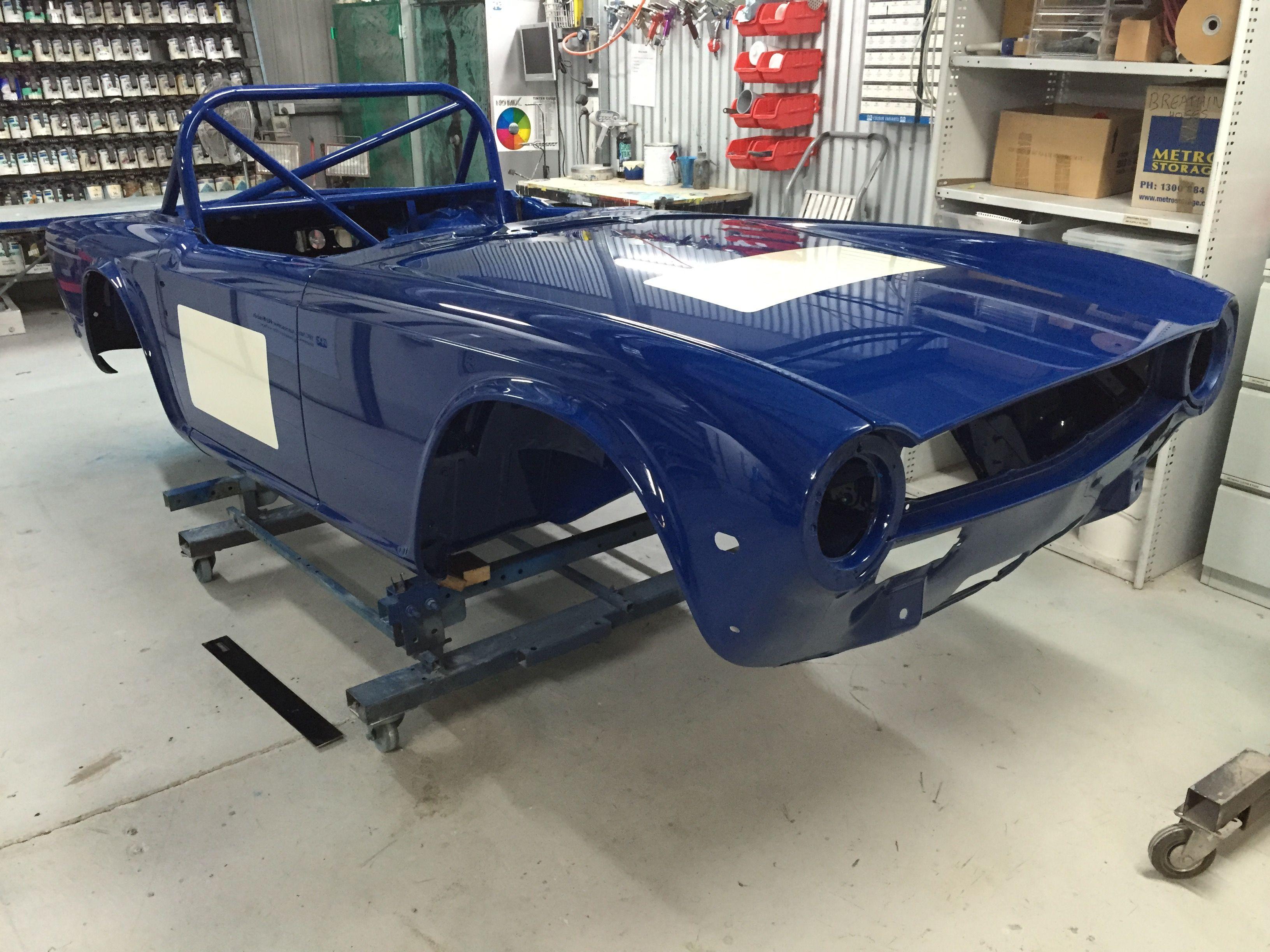 Triumph TR6 racecar